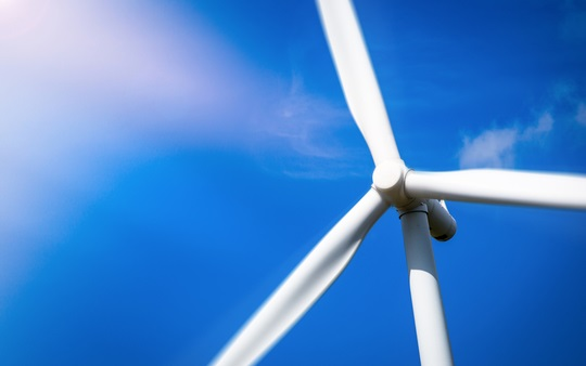 UK offshore wind reaches record low price in CfD auction